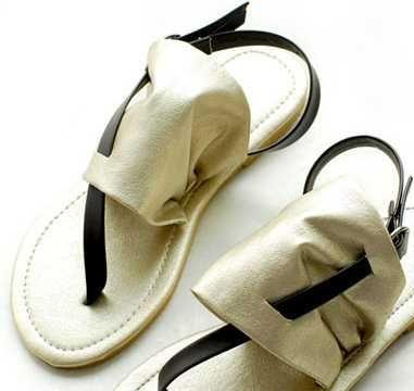 新款上市乖巧可爱布面舒适休闲淑女人字拖女鞋
